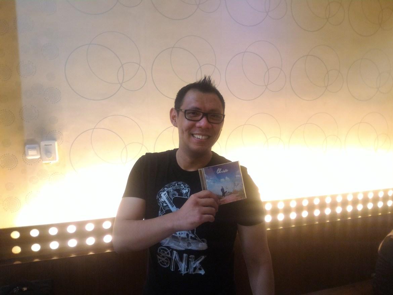 Penyanyi Solo, Christo saat promo Single 'Bunga' di Padang. Foto : Ikhwan