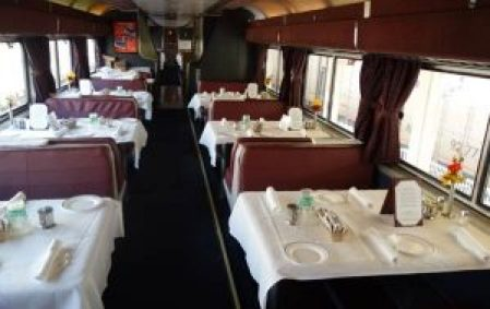 dining car. sumber: yourfirstvisit.net
