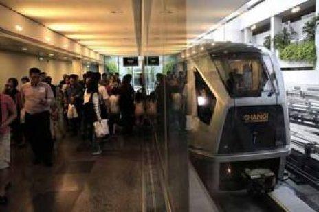 Skytrain di Bandara Changi.