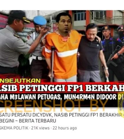 [SALAH] Gambar Munarman Berjalan Menggunakan Tongkat Usai Ditembak Aparat Kepolisian
