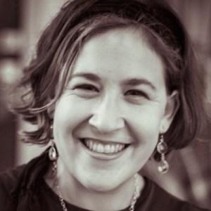 Rabbi Sara Brandes Headshot