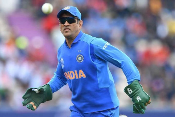 ms-dhoni-wicketkeeping