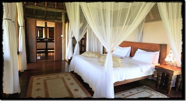 Apoka-Safari-Lodge-Bedroom
