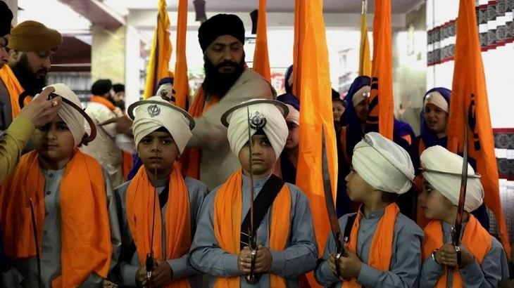 Afghan Sikhs seek citizenship in India