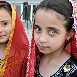 Afghan girls.