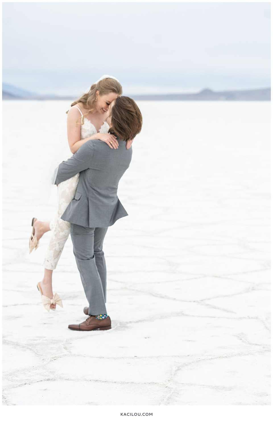 utah elopement photographer kaci lou photography bonneville salt flats sneak peek photos for kylie and max-21.jpg