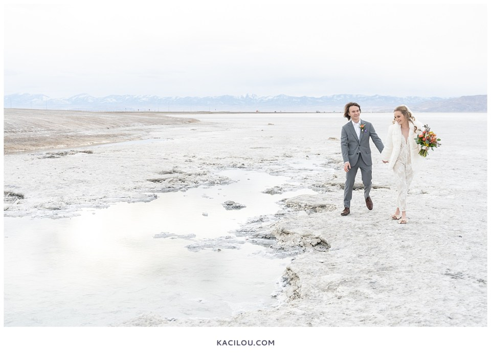 utah elopement photographer kaci lou photography bonneville salt flats sneak peek photos for kylie and max-42.jpg