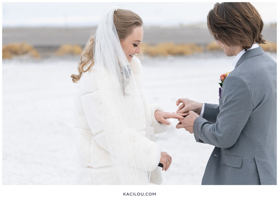utah elopement photographer kaci lou photography bonneville salt flats sneak peek photos for kylie and max-56.jpg