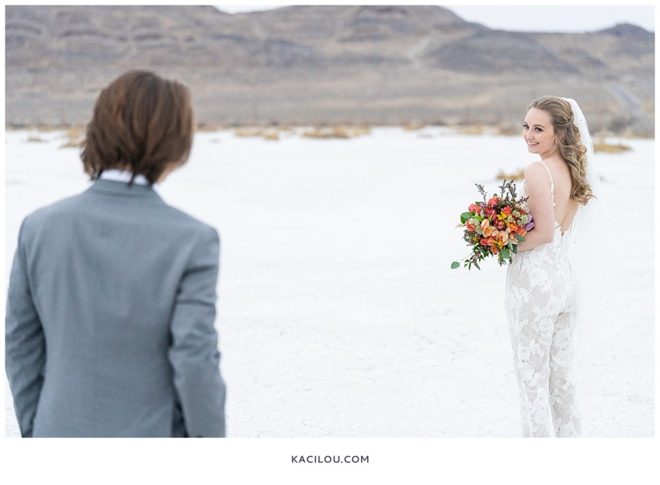 utah elopement photographer kaci lou photography bonneville salt flats sneak peek photos for kylie and max-78.jpg