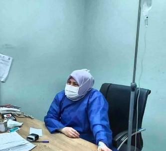 Iranian doctor on IV
