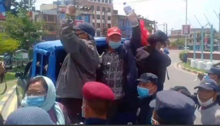 लिपुलेक र लिम्पियाधुरा फिर्ताको माग गर्दा नेकपा (क्रान्तिकारी) का नेता कार्यकर्ता पक्राउ