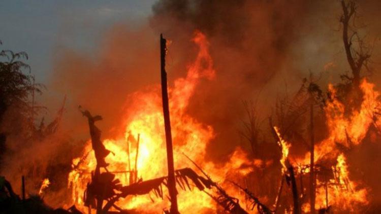 सुर्खेतको बराहताल गाउँपालिकाको सिस्नेरी बस्तीमा आगलागी नौ घर जलेर नष्ट