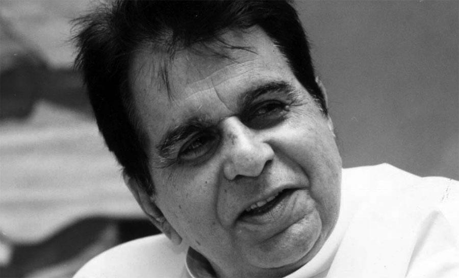 बलिउडका अभिनेता दिलीप कुमारको निधन