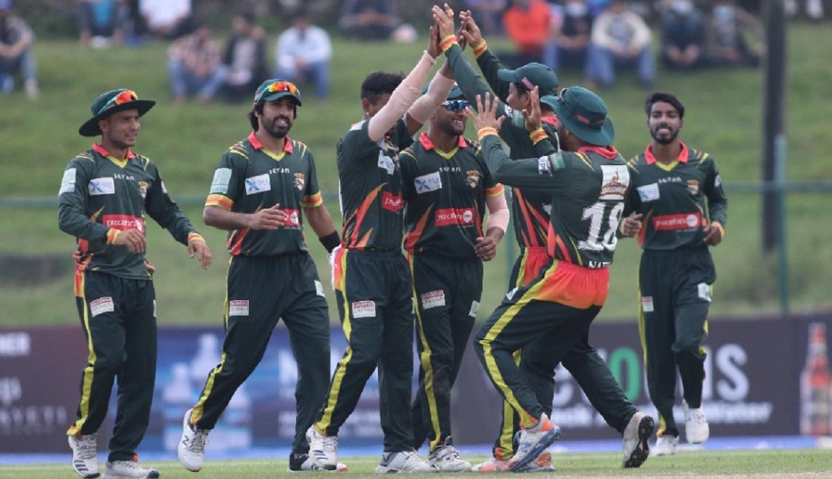 एभरेस्ट प्रिमियर लिग (इपिएल) टी-२० क्रिकेट प्रतियोगिताको चितवन टाइगर्स लाई