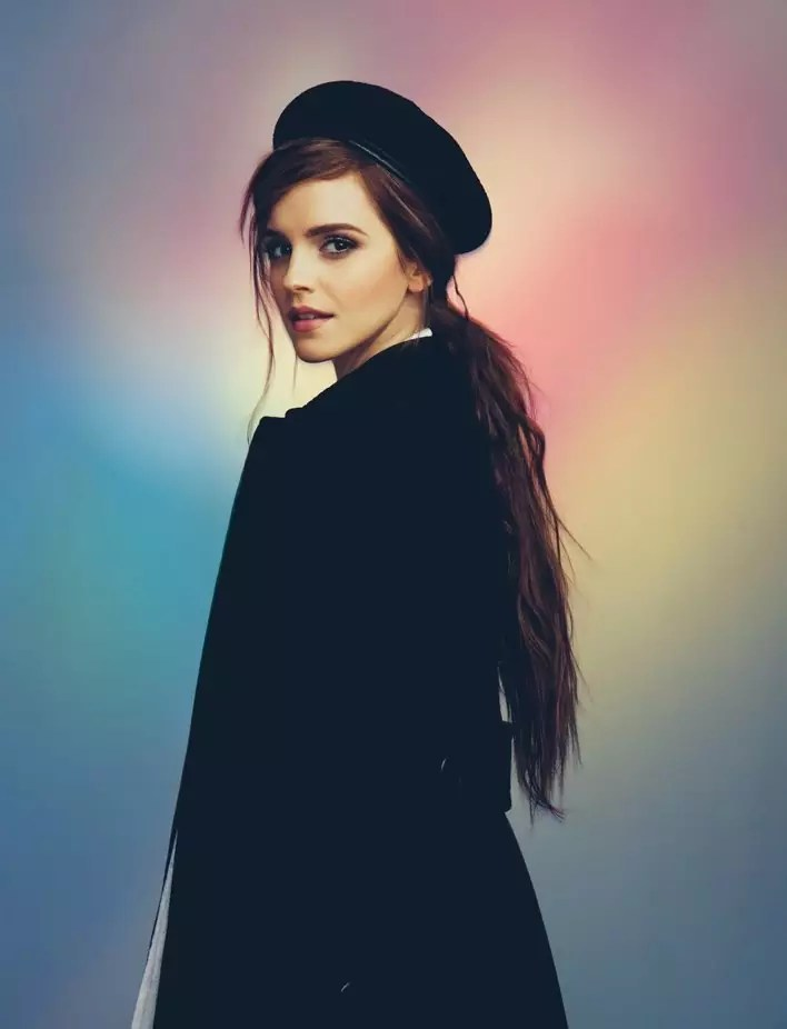 708x926xemma-watson-wonderland-shoot5.jpg.pagespeed.ic.VSZJOKJ1h4