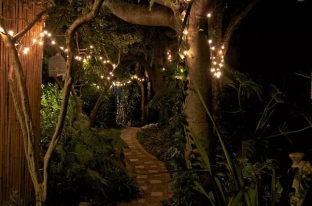 Yaz Akşamlarının Bahçe Işıkları 7