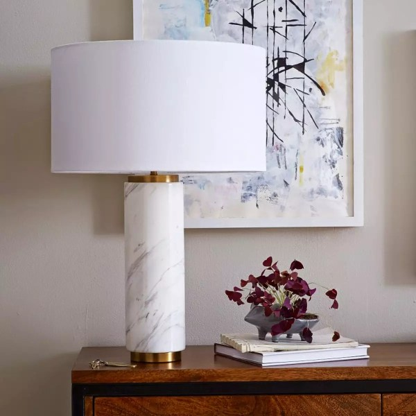 we-pillar-table-lamp-marble-w925-hero