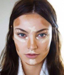 Yüz Makyaja Nasıl Hazırlanır?
