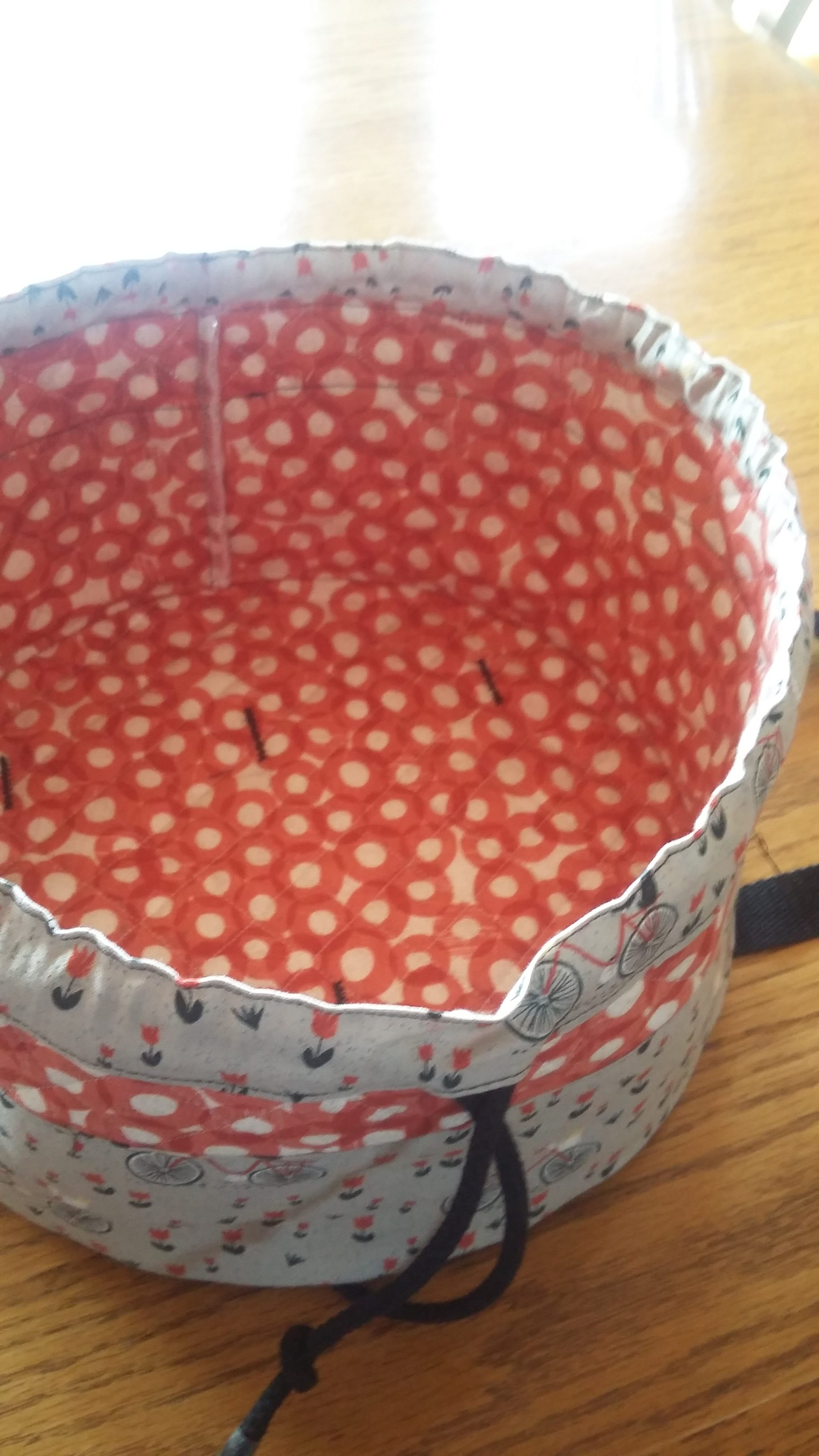 Round Insulated Casserole Carrier – Welcome to Kadydid Studio!