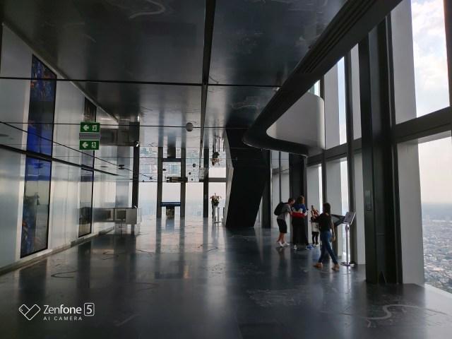 ชั้น 74 Observatory deck