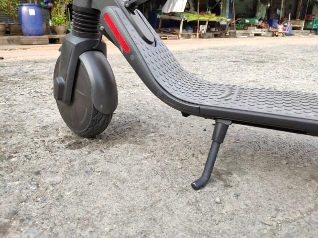 ขาตั้งของ ninebot KickScooter ES2 ดูคงทนดี