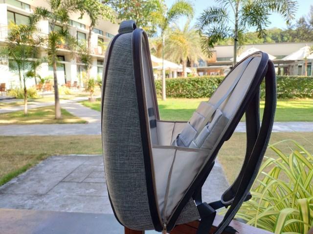 รีวิวกระเป๋าเป้ Cozistyle รุ่น City Backpack สีเทา เห็นเล็กๆ แต่จุไม่ใช่เล่น 13