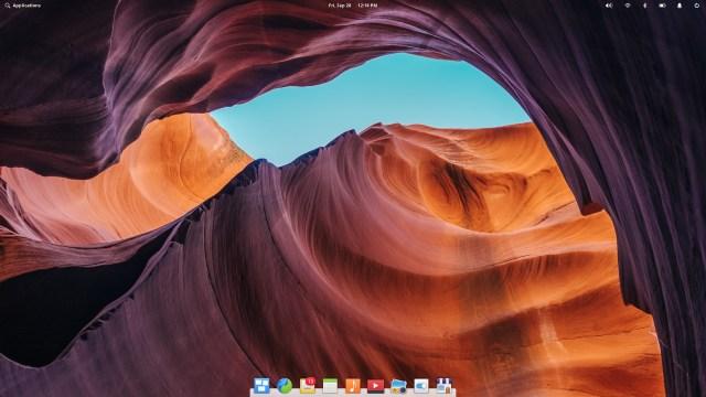 หน้าตา Desktop ของ Elementary OS