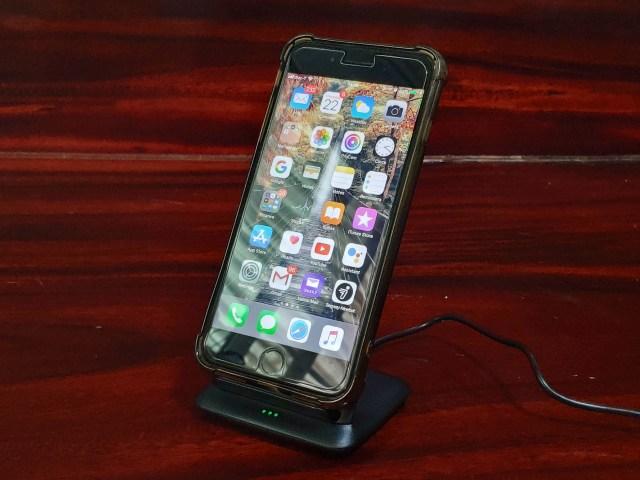 ลองใช้แท่นชาร์จไร้สาย Choetech T555S-Q ชาร์จ iPhone 8 Plus