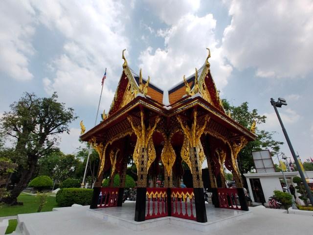 ภาพของศาลาไทยในพิพิธภัณฑ์สถานแห่งชาติ ถ่ายด้วยเลนส์ Ultrawide