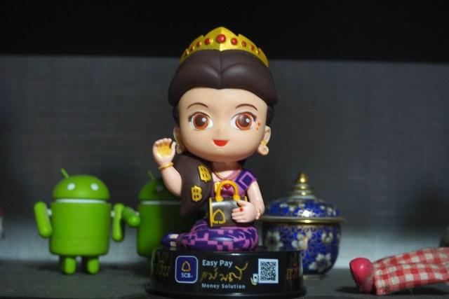 ตุ๊กตาแม่มณี ธนาคารไทยพาณิชย์