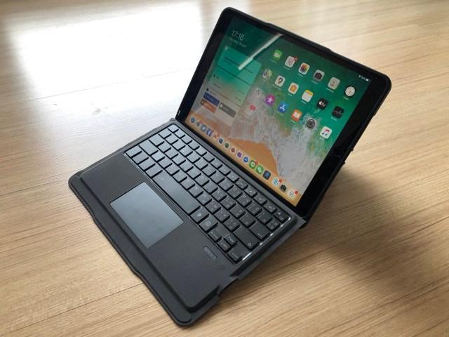 "Genius Keyboard รุ่น Folio แบบใส่ iPad Pro 10.5"" พร้อมใช้แบบโน้ตบุ๊กแล้ว"