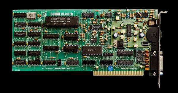 ภาพของการ์ดเสียง Creative Sound Blaster แบบ 8-bit Mono ที่จำหน่ายในปี ค.ศ.1989