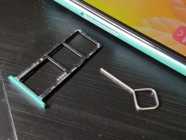 ถาดใส่ซิมและเข็มจิ้มถอดถาดใส่ซิมของ Huawei Y5P