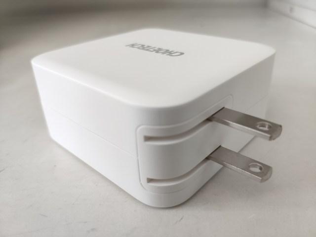 ที่ชาร์จ Choetech PD 100W Dual USB-C Fast Charger แบบที่กางหัวปลั๊กออกมาแล้ว