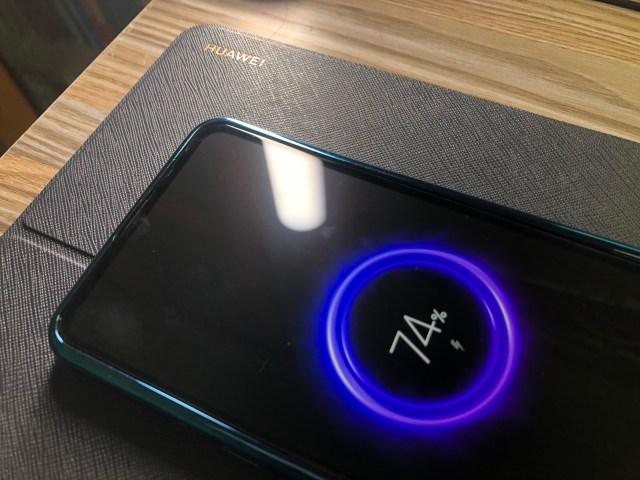 ชาร์จแบตเตอรี่แบบไร้สายให้ Xiaomi Mi Mix 3 ด้วย Huawei MatePad Pro 5G