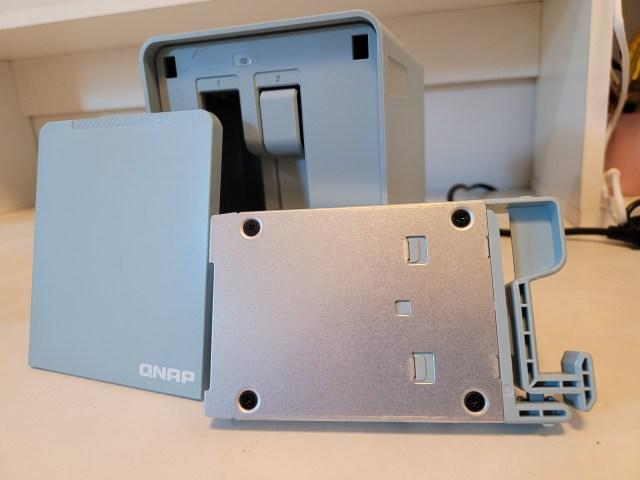 ถาดใส่ฮาร์ดดิสก์ 2.5 นิ้วของ QMiroPlus-201