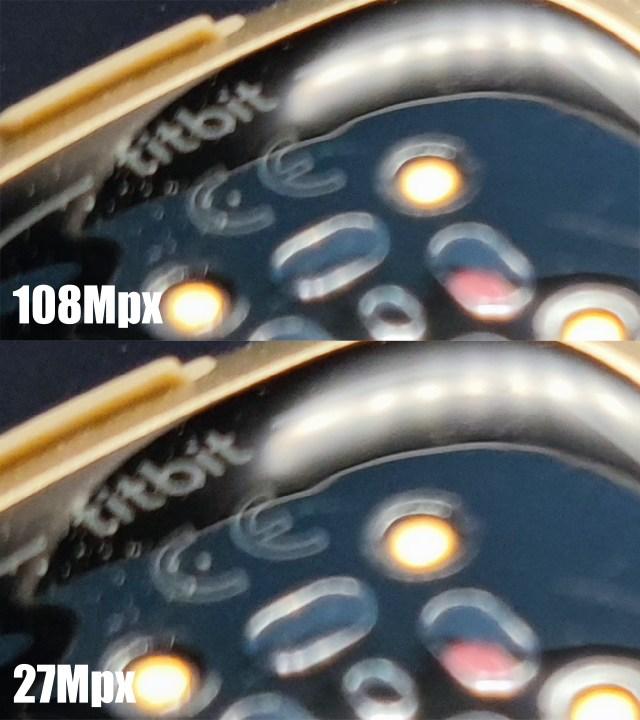 ภาพซูมระยะใกล้ของด้านหลังนาฬิกา fitbit ที่ถ่ายด้วยกล้อง Xiaomi Mi 11 5G ด้วยความละเอียด 108 ล้านพิกเซล (ด้านบน) และ 27 ล้านพิกเซล (ด้านล่าง)
