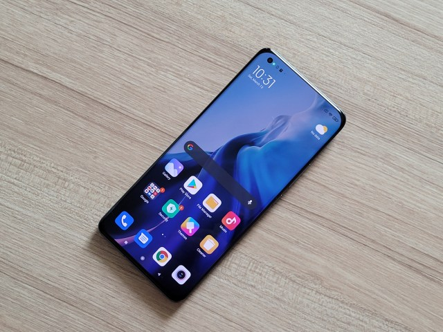 ด้านหน้าของ สมาร์ทโฟน Xiaomi Mi 11 5G