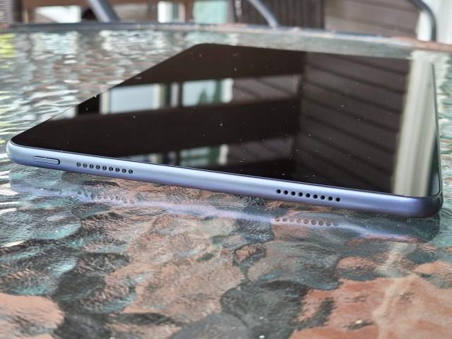 "Huawei MatePad 10.4"" ด้านบน"