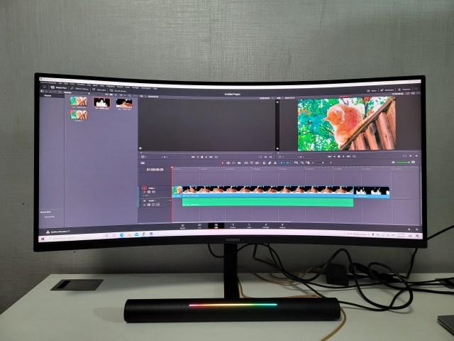 ลองตัดต่อวิดีโอด้วยโปรแกรม DaVinci Resolve แสดงผลบนจอ Huawei MateView GT