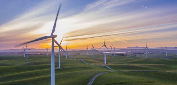 Μείωση και επιστροφή ποσών στους λογαριασμούς ρεύματος στις περιοχές με ανεμογεννήτριες – Τι θα γίνει με την Κοινότητα Αναβρυτού;