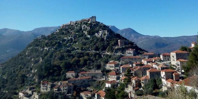 Η ιστορία του 1821 μέσα από τα δύο κάστρα Μεθώνης και Καρύταινας – Πρόταση στην επιτροπή ΕΛΛΑΔΑ 2021