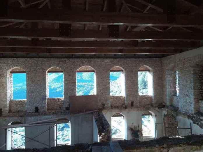 Ολοκληρώθηκε το έργο της στέγης στο Αρχοντικό-Μνημείο Ν.Δημητρακόπουλου στην Καρύταινα