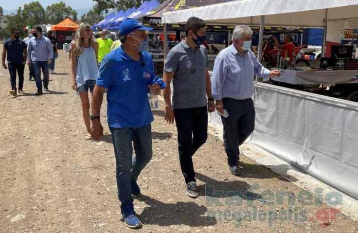 Ο υφυπουργός Αθλητισμού Λευτέρης Αυγενάκης στην πίστα ΜΧ Μεγαλόπολης (photo)