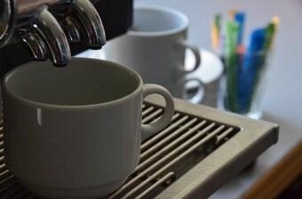 Wie oft muss eine Kaffeemaschine entkalkt werden