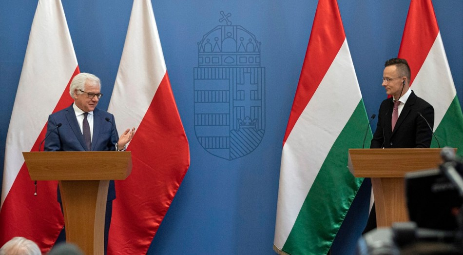 Polish and Hungarian Foreign Ministers Jacek Czaputowicz and Peter Szijjarto in Budapest
