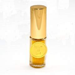 Parfum de Luxe in the more expensive Art Deco bottle, I think. Source: DSH Perfumes website