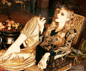 Photo: Ellen von Unwerth for Vogue Turkey, December 2010. Source: http://blog.netrobe.com