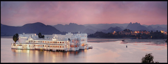 The Lake Palace in Lake Pichola, Udaipur. Source: topindiatravel.com