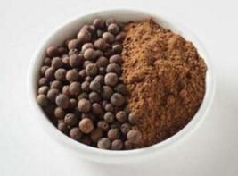 Allspice berries and powder via dummycooking.com